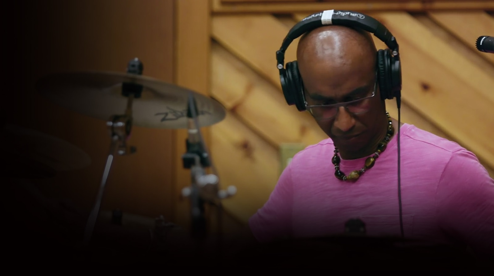 Omar Hakim recording with Pro Tools music making software
