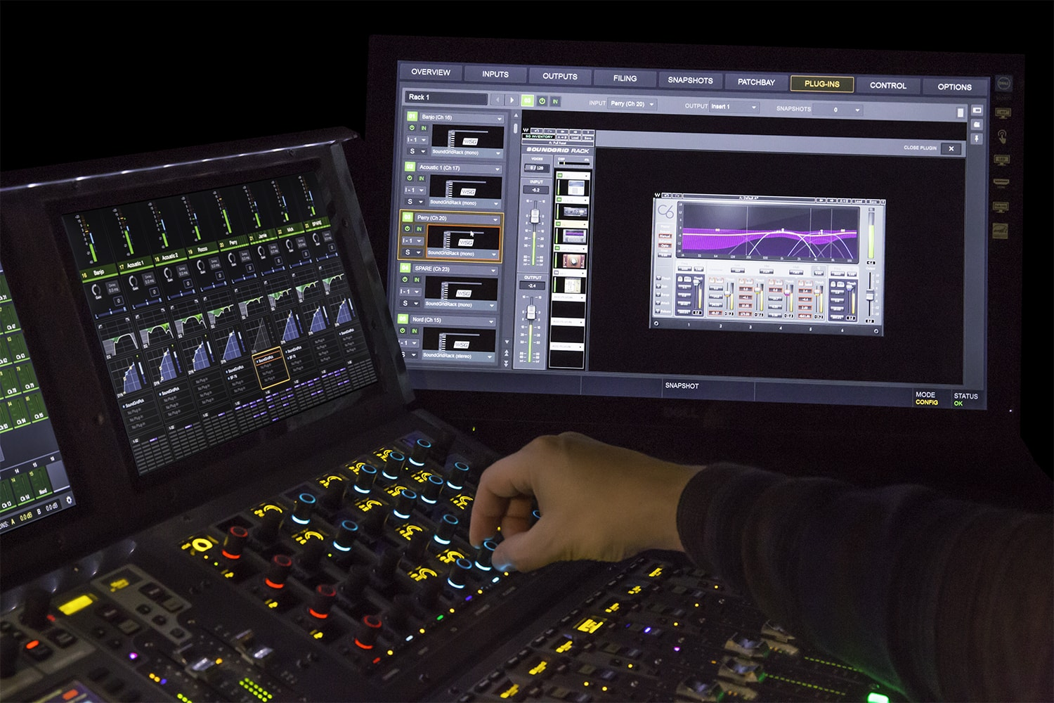 Controlling Waves plugins in Avid VENUE digital audio mixers