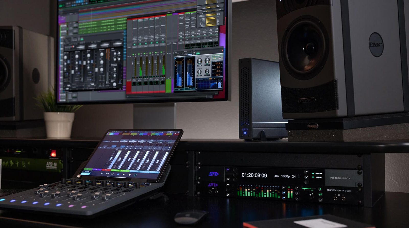 HDX Hybrid Engine with Avid S1 control surface and Pro Tools session